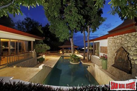Boutique, Luxury Three-Bedroom Villa in Five-Star Resort