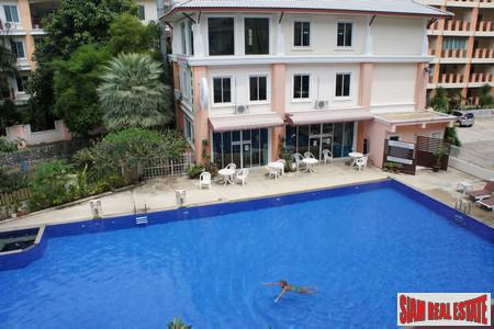 Two-bedroom modern apartment in Rawai with excellent outdoor facilities