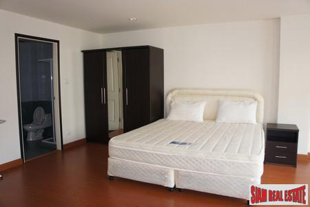 Two-bedroom modern apartment in Rawai 11