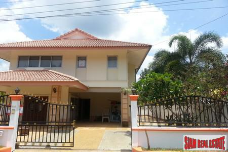 3 Bed Villa Close To 6