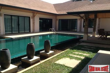 Three-bedroom private pool villa in popular Rawai