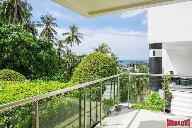 One-bedroom modern condominium in good Karon location with excellent on site facilities
