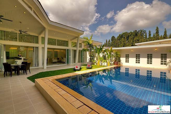 Trendy three-bedroom villa with modern decor and wonderful outdoor area