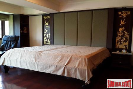 Luxury Thai condominium in secure 4