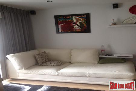 Spectacular one-bedroom condominium, high floor on Ratchada Huaykwang