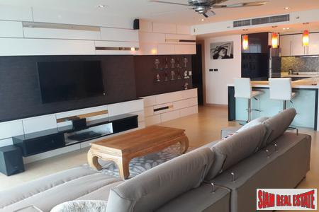 Spectacular two-bedroom penthouse condominium with sea views , Jomtien, Pattaya