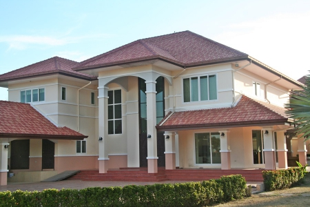 Very large home in East Pattaya near beaches and golf courses
