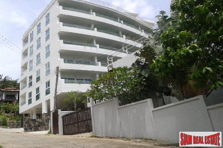 One-Bedroom Sea View Condo in Kata