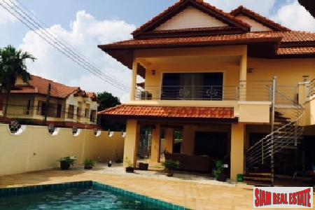 Two Bedroom+ House with Private Pool in Chalong