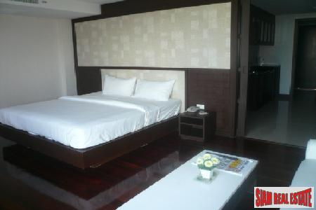 One-Bedroom Serviced Apartment in Great 5