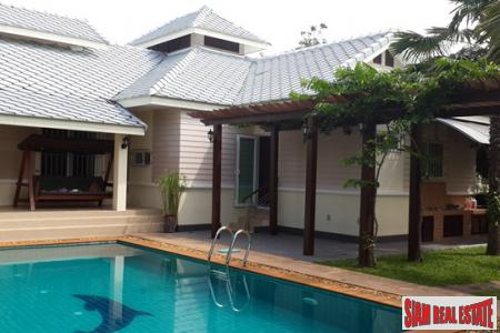 4-Bedroom Pool Villa for Sale in Hua Hin