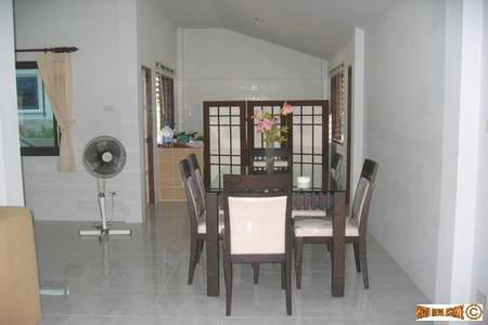Three bedroom, furnished Home near 4