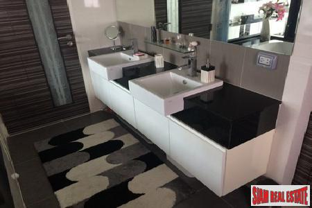Deluxe 1-Bedroom Apartment in Patong 10
