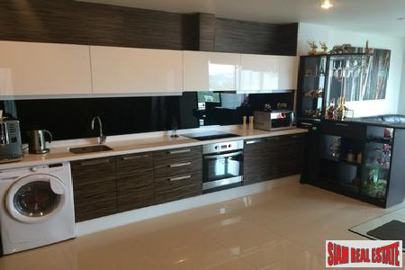 Deluxe 1-Bedroom Apartment in Patong 4