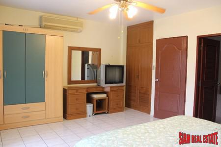 2-Bedroom Townhouse in Central Patong 12