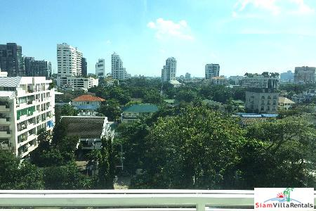 Stunning two bedroom in Thonglor! 10