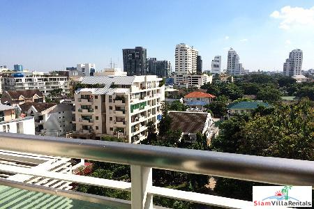 Stunning two bedroom in Thonglor! 11