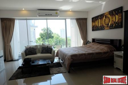 Large Sea View Studio Condo in North Karon