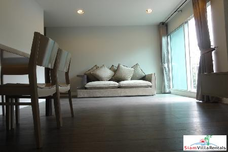 Spacious two bedroom, two bathroom, short walk to BTS station.