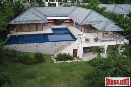 Stunning Luxury 4-Bedroom Home in Rawai