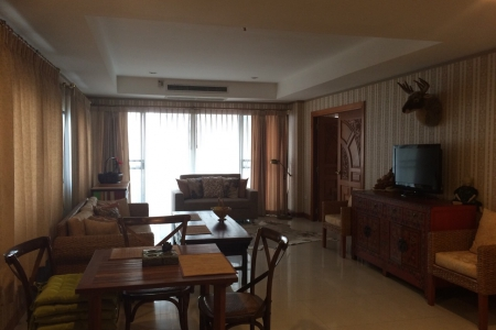 Sea-View, Beachfront 2-Bedroom Condo in Wong Amat