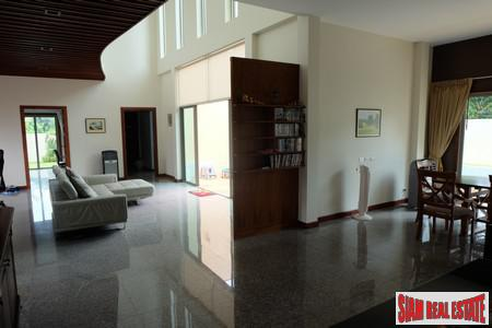 Spacious 4-Bedroom Private Pool Villa 3