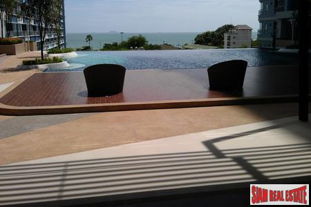 Beachfront 12th Floor 1-Bedroom Apartment 5