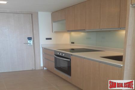 Spectacular 2-Bedroom Penthouse on Pratumnak 10