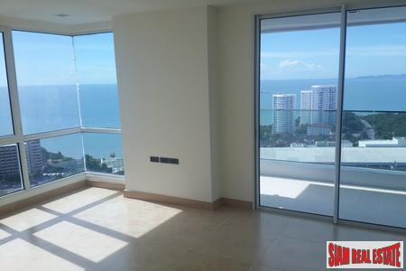 Spectacular 2-Bedroom Penthouse on Pratumnak 5