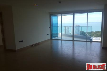Spectacular 2-Bedroom Penthouse on Pratumnak 6