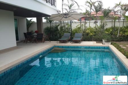 Large, 4-Bedroom Modern Pool Villa 3