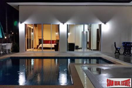 Grand, Contemporary 6-Bedroom Pool Villa in Kathu