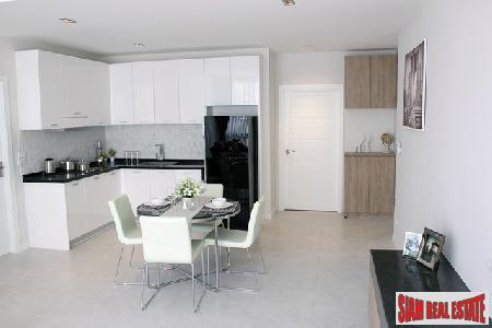 Ultra Modern One Bedroom Apartment 4