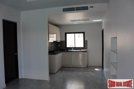 New One-Bedroom Apartments in Kata 6