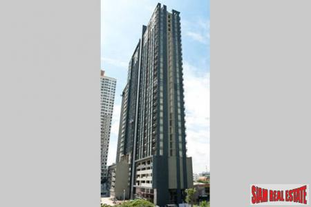 Quality One-Bedroom Condo in Sathorn/WongWianYai Krung Thon Buri BTS