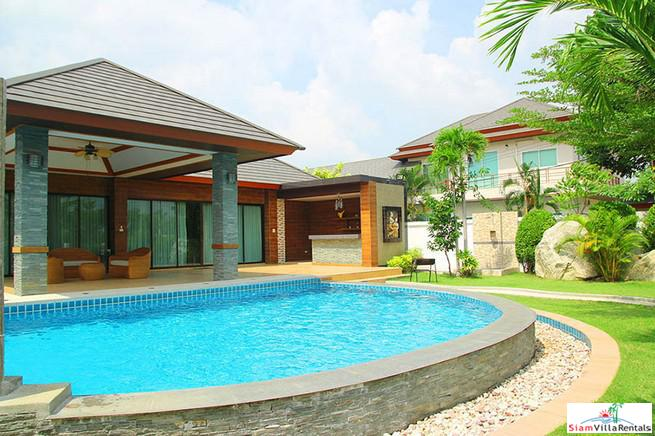 New, Luxury 4-Bedroom Pool Villa in Huay Yai