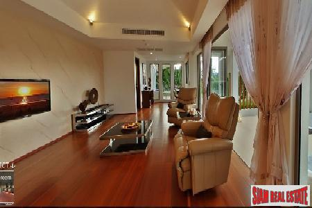 Impressive Four-Bedroom Sea View Villa 12