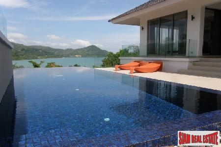 Impressive Four-Bedroom Sea View Villa 3
