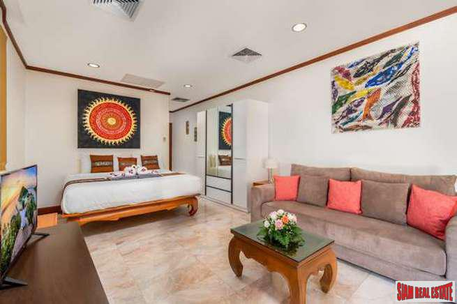 4-Bedroom Family Villa in Surin 7