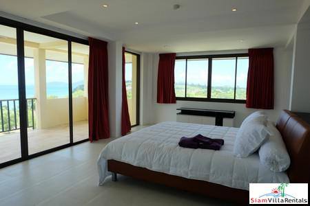 Panoramic Seaview 3-Bed Penthouse in 10