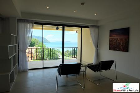 Panoramic Seaview 3-Bed Penthouse in 8