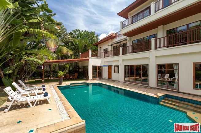 Lersuang | Spacious 5-Bedroom Pool Villa in Surin with Games Room ++