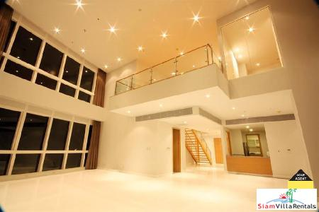 Luxurious 3 Bedrooms Duplex Penthouse on Sukhumvit area