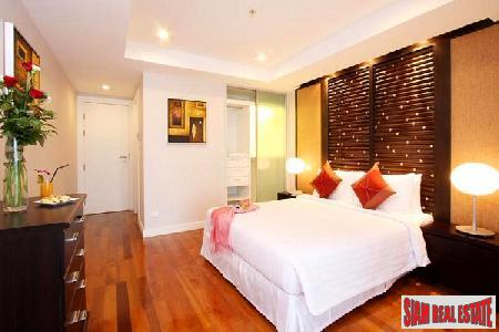 Contemporary 2 Bedroom Condominium For 5