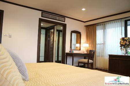 3 bedrooms Executive Suite size 260 Sq.m. in Sukhumvit 16