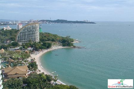 Fabulous seaview condo in exclusive estate