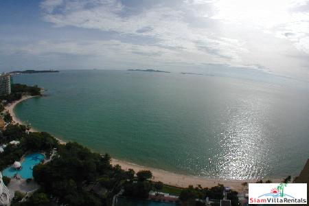 Fabulous seaview condo in exclusive 9