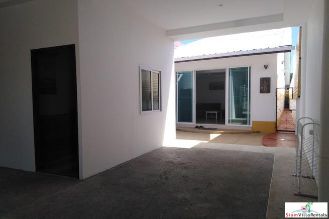 Private Three Bedroom Bungalow with 2