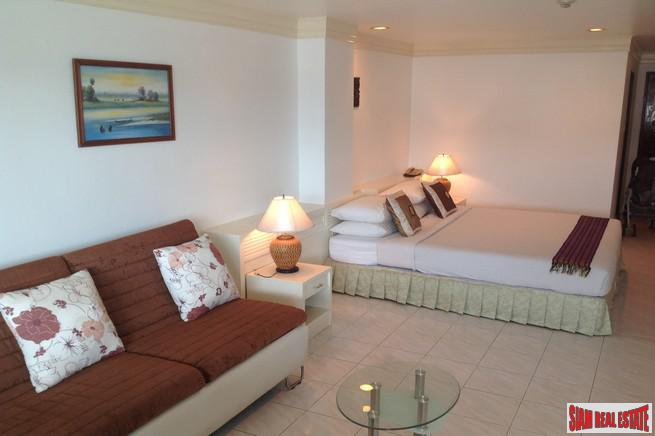 Sea View Studio Apartment in Patong