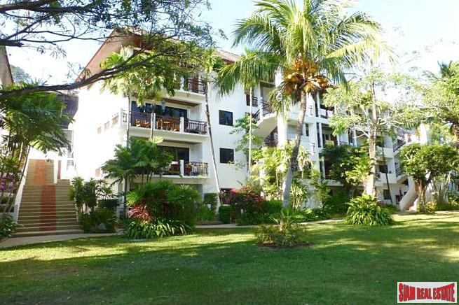 Lake view contemporary style condo for rent in Nai Harn Beach